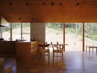 House in Kobe 藤原・室 建築設計事務所 Modern Dining Room