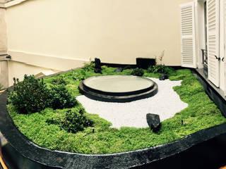Un jardin japonais sur un toit de Paris : Jardin de style  par JARDIN JAPONAIS
