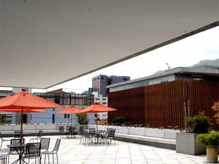 Centro Hipotecario BBVA: Terrazas de estilo  por MRV ARQUITECTOS