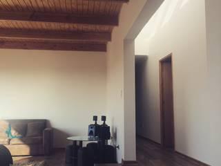 pasillo y living homify Pasillos, halls y escaleras mediterráneos