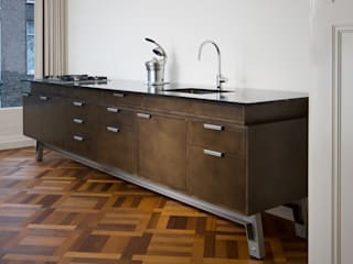 Industrial style kitchen by Vonder Industrial