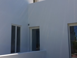 Edifício de Habitação - Melides: Jardins  por Vitor Gil, Unip, Lda,Rústico