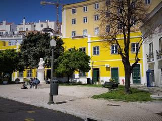 Reabilitação de Fachadas e Terraço - PSP Lisboa: Casas  por Vitor Gil, Unip, Lda,Rústico