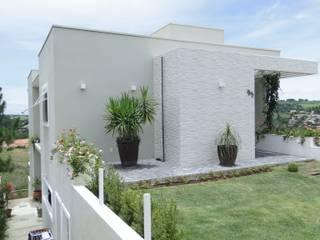 Residência ES - 2012 Casas modernas por FMV Arquitetura Moderno