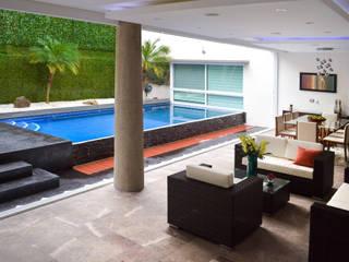 Remodelación Casa-Habitación 850m2: Albercas de estilo  por GHT EcoArquitectos