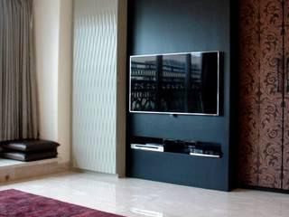 Choudhary Residence, Juhu, Mumbai:  Bedroom by Inscape Designers