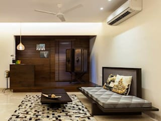 Choudhary Residence, Juhu, Mumbai Eclectic style living room by Inscape Designers Eclectic