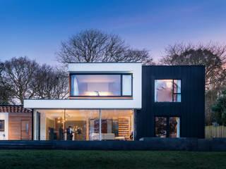 White Oaks Exterior bởi Barc Architects Hiện đại