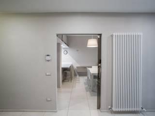 interno MC Sala da pranzo moderna di km 429 architettura Moderno