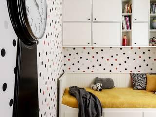 dot w family spot - realizacja: styl , w kategorii Pokój dziecięcy zaprojektowany przez Saje Architekci Joanna Morkowska-Saj,