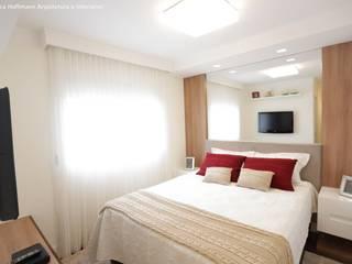 Dormitorios de estilo moderno de Angelica Hoffmann Arquitetura e Interiores Moderno