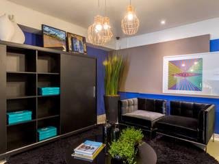 Projeto para Show Room de loja de mobiliário Corporativo Lojas & Imóveis comerciais modernos por LUIZE ANDREAZZA BUSSI INTERIORES+ CORPORATIVO Moderno