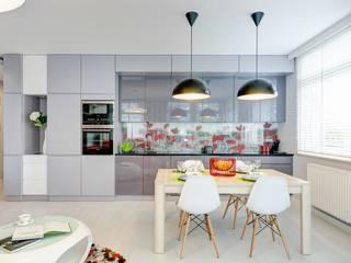 Comedores de estilo  de Saje Architekci Joanna Morkowska-Saj, Moderno