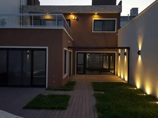 Maisons de style  par Arquitecto Oscar Alvarez,