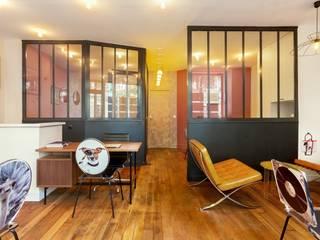 Relooking Flashabitat agence Immobilière 50m2 Locaux commerciaux & Magasin modernes par Catherine Plumet Interiors Moderne