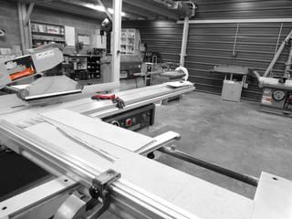 L'atelier 1053 par ATELIER 1053 Moderne