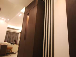 台北中正 蔡公館 現代風玄關、走廊與階梯 根據 協億室內設計有限公司 現代風