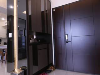 高雄三民 洪公館 現代風玄關、走廊與階梯 根據 協億室內設計有限公司 現代風