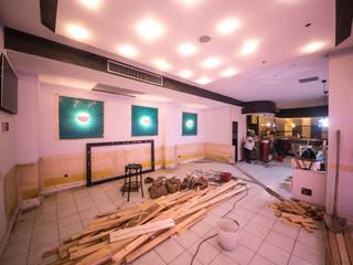 Restyling RISTORANTE PEPERONCINO ROSSO: Bar & Club in stile  di Lumini Mattia, Moderno