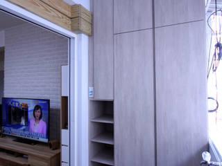 高雄左營葉公館 亞洲風玄關、階梯與走廊 根據 協億室內設計有限公司 日式風、東方風