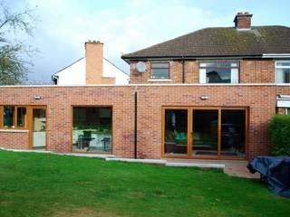Single storey Extension.:  Kitchen by Jim Morrison Architects