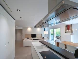 casa VR: Cucina in stile  di ARK'it studio