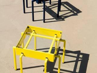 Piccolo tavolo TABLEBECUE 40:  in stile  di Fabrizio Alborno Studio di Architettura ALBORNO\GRILZ