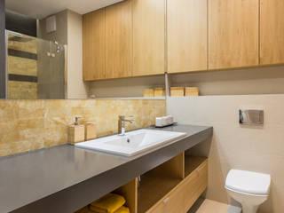 Modern style bathrooms by Kameleon - Kreatywne Studio Projektowania Wnętrz Modern