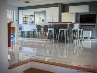Kitchen project | Barford, Warwickshire:  Kitchen by La Galerie Design Studio