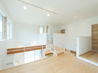 居場所の家: 建築設計事務所RENGEが手掛けた和室です。