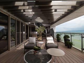 Hiên, sân thượng phong cách hiện đại bởi 拾雅客空間設計 Hiện đại
