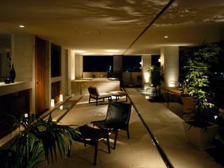 THE HOUSE OF MOLS: 森裕建築設計事務所 / Mori Architect Officeが手掛けたテラス・ベランダです。,