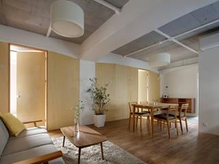 大塚のサービスアパートメント  Ⅱ: 西谷隆建築計画事務所が手掛けたリビングです。,