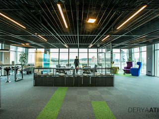 DERYAATICI FOTOĞRAF Office spaces & stores Glass Green