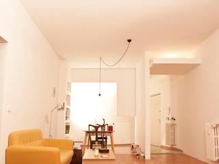 Casa Nat/An Soggiorno minimalista di Archimeccanica Minimalista