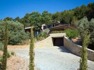 Création Maison / Le Tholonet Maisons méditerranéennes par Atelier Jean GOUZY Méditerranéen