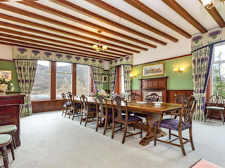 Hunting Lodge Country style dining room by Fabrik Magik Interiors Ltd Country