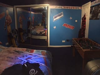 Teenage Boys Bedroom, Before & After :   by Fabrik Magik Interiors Ltd