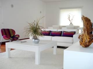 minimalistic Living room by Anna Tużnik - homify