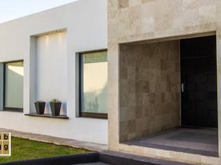 VILLA HACIENDA DE LA ESPERANZA: Casas de estilo  por Arq. Beatriz Gómez G.