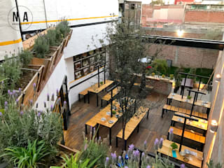 NA Arquitectos Industrial style gastronomy
