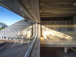 sauna:   door Heeren 3 Architecten