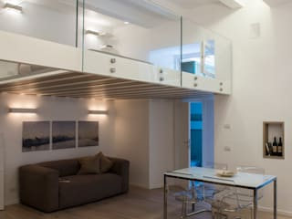 LOFT A ROMA Soggiorno in stile mediterraneo di STUDIO ACRIVOULIS Architettra + Interior Design Mediterraneo