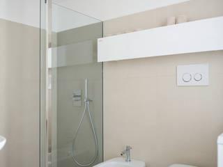 STUDIO ACRIVOULIS Architettra + Interior Design Modern Bathroom