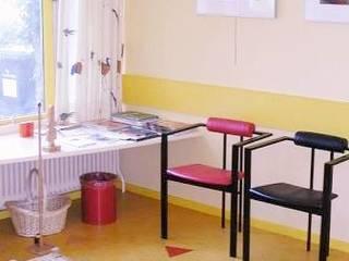 Dokterspraktijk Moderne studeerkamer van Brenda van der Laan interieurarchitect BNI Modern