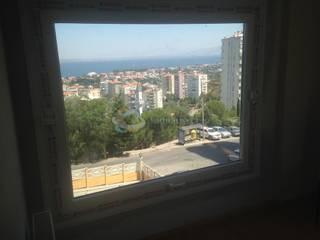 Lens İnşaat Elektrik Elektronik San.Tic.Ltd.Şti. – İzmir Narlıdere Arıkent Sitesi E Blok Komple Daire Tadilatı:  tarz Yemek Odası