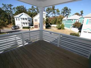 Modern balcony, veranda & terrace by Outer Banks Renovation & Construction Modern