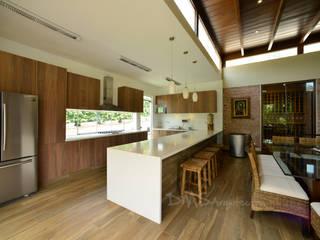 DMS Arquitectas Modern houses