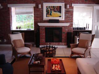 Residência Ilha da Pintada Recyklare Projetos de Arquitetura , Restauro & Conservação Salas de estar rústicas