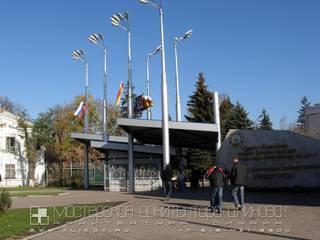 Проходная СКГМИ во Владикавказе: Галереи  в . Автор – Мастерская архитектора Аликова